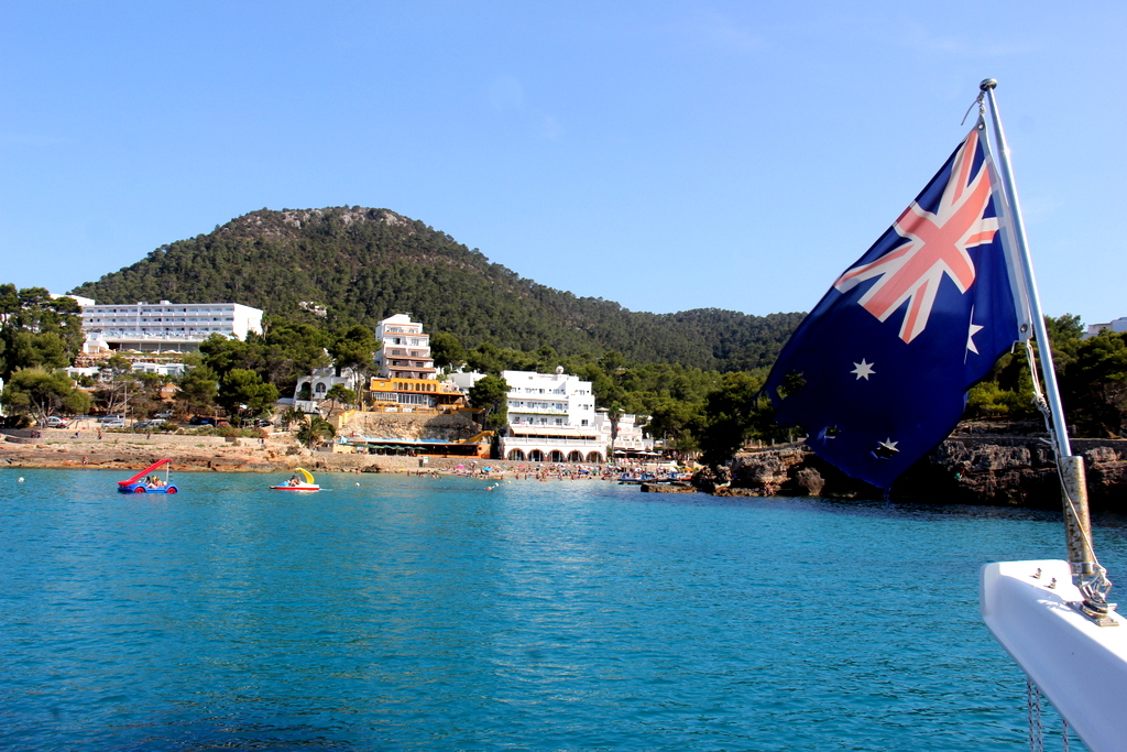 Cala Portinatx as we left it... with a few stars missing in the well travelled Aussie flag!