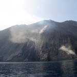 Stromboli: Rocks and ash rolling down into the sea