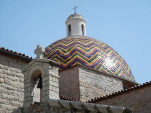 Beautiful church in Olbia ... love the colourful couple