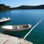 The Big lake at Mljet:   An interesting plan to keep the boat from swinging